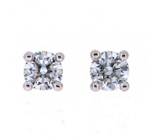 diamond stud earrings | B19565