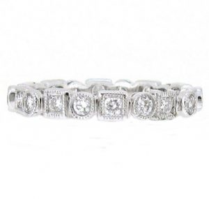 Alternating Shape Round Brilliant Cut Diamond Wedding Ring | B13218