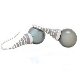 autore south sea pearl earrings | B13602