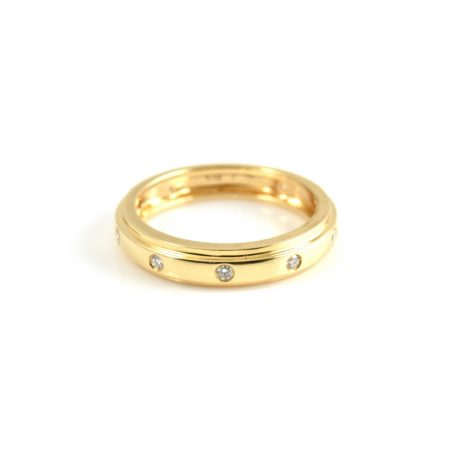 Yellow Gold Hammer Set Diamond Wedding Ring | B17859