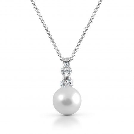 Fresh water pearl pendant | B17863
