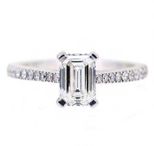 emerald cut diamond engagement ring   b18629