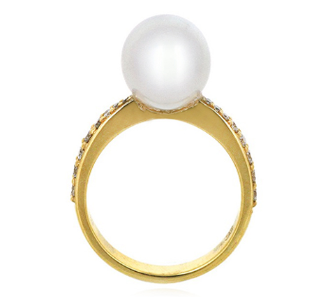 Yellow gold south sea pearl ring | B19239