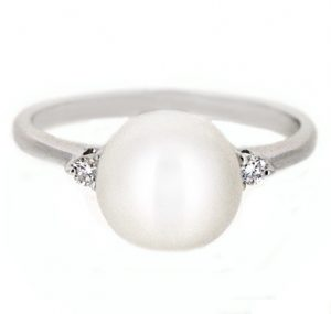 fresh water pearl ring | B19763