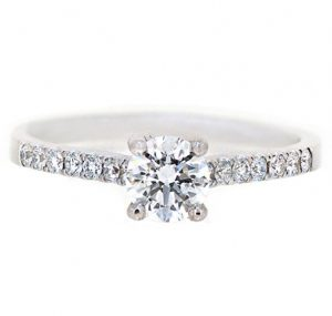Four Claw Diamond Engagement Ring   B20062