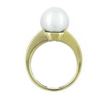 Yellow Gold South Sea Pearl Ring   B18262