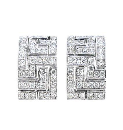 Geometric Pattern Diamond Huggie Earrings | B13329