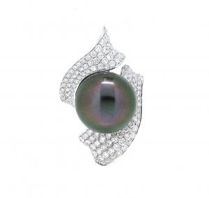Tahitian South Sea Pearl And Diamond Pendant | B17102