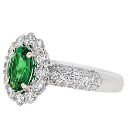 Emerald Ring   B18970(1)