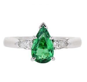 Emerald Ring | B20423