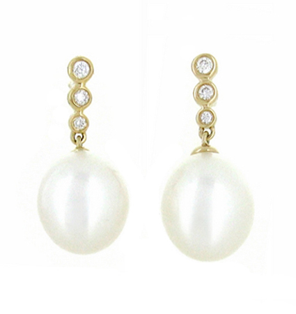 Yellow Gold Fresh Water Pearl Earrings | B18191