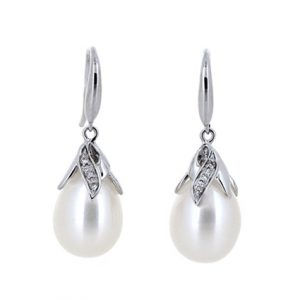 Fresh Water Pearl Earrings | B19294