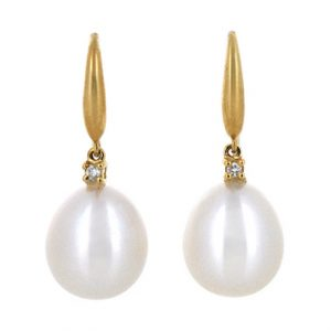 Fresh Water Pearl Earrings | B19296
