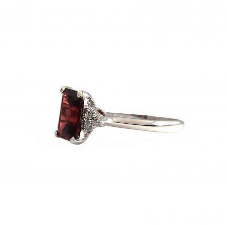 Garnet Ring | B19284