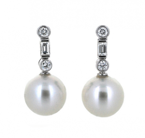 South Sea pearl and diamond earrings | B19691