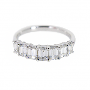 Emerald Cut Diamond Ring | B20933