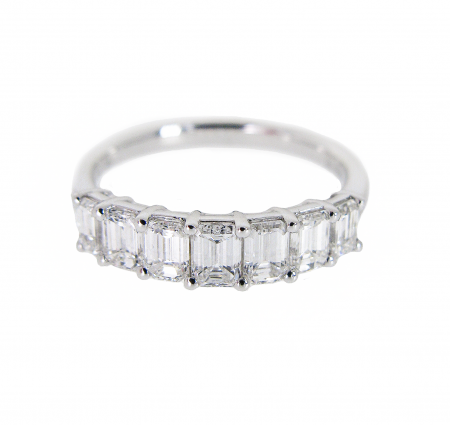 Emerald Cut Diamond Ring | B20933