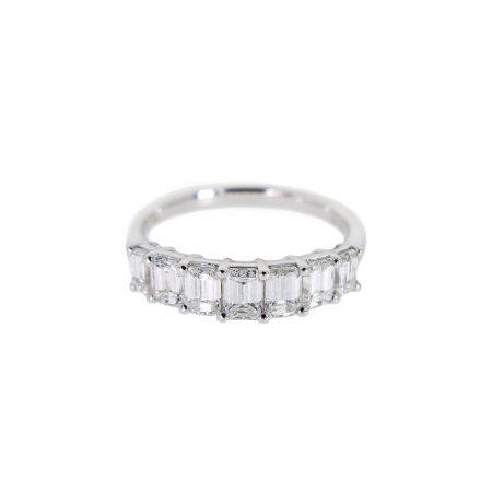 Emerald Cut Diamond Ring   B20933