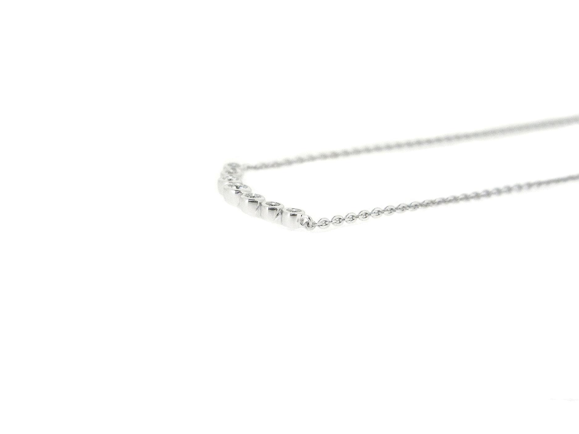 Bezel Set Diamond Bar Necklace | B21031(3)