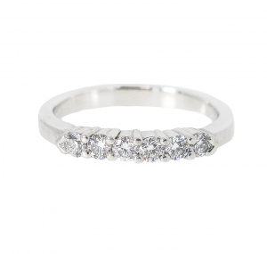 Platinum Diamond Wedding Band | B18461