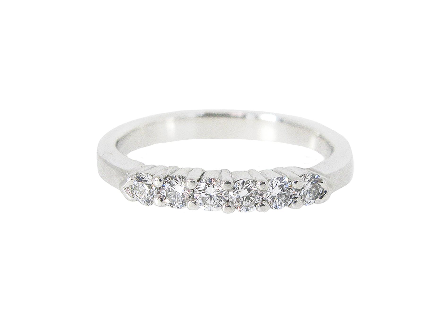 Platinum Diamond Wedding Band | B18461