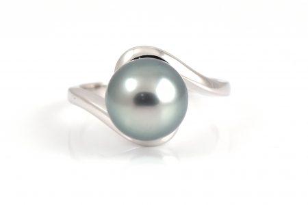 Tahitian South Sea Pearl Twist Ring | B20595