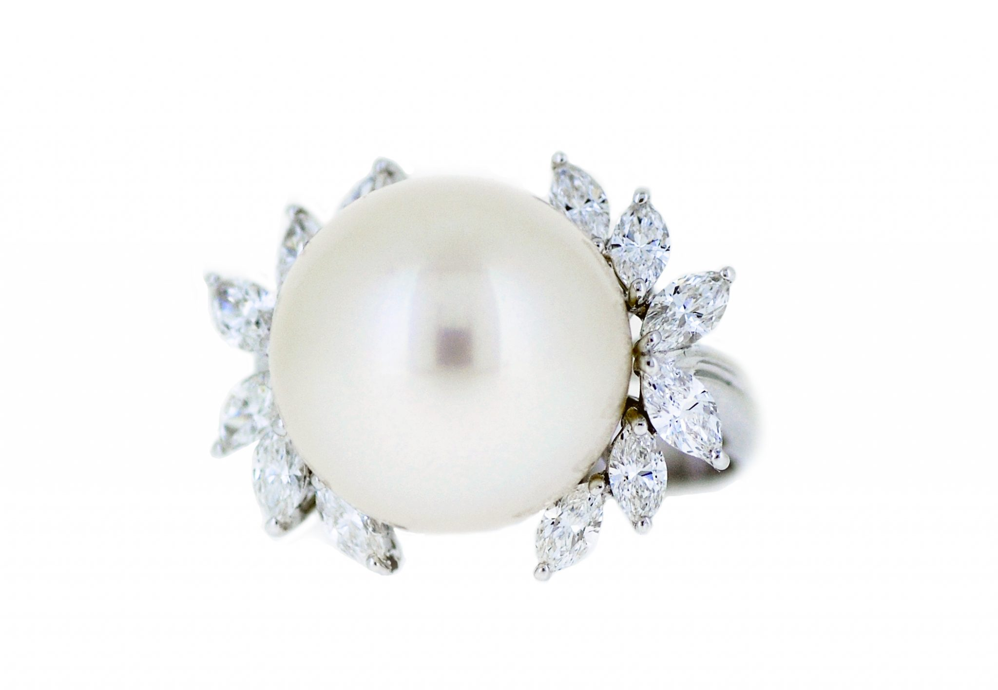 Diamond And South Sea Pearl Ring | B21087