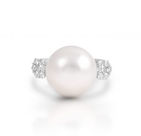 Diamond And South Sea Pearl Ring | B21411