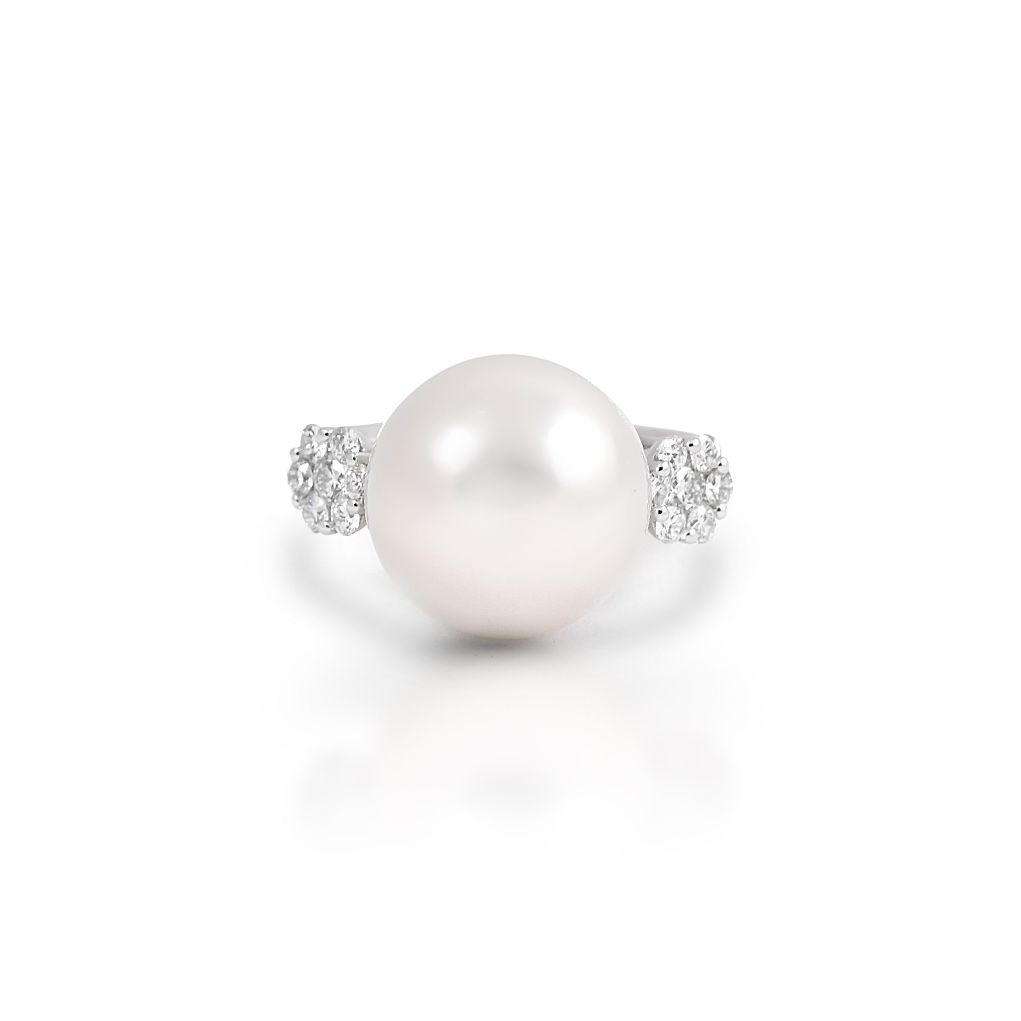 White Gold south sea pearl and diamond ring | B21411