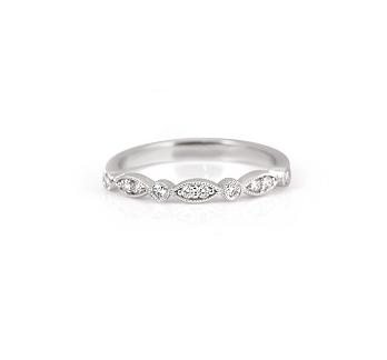 Alternating Shape Diamond Ring   B22250