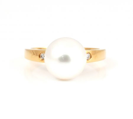 Diamond And South Sea Pearl Ring | B22228