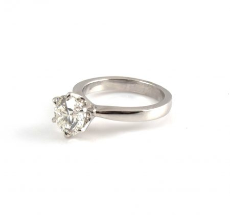 Six Claw Solitaire Diamond Ring | B22401