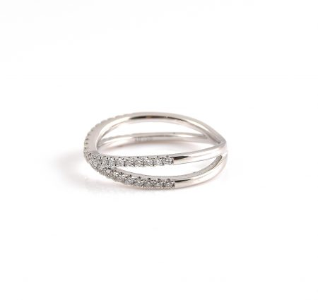 Diamond Crossover Wedding Ring | B22710