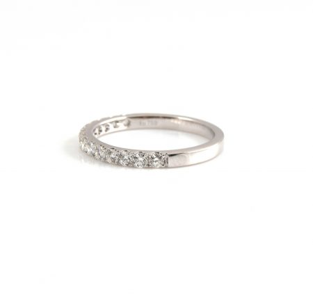 Claw Diamond Wedding Ring | B22711