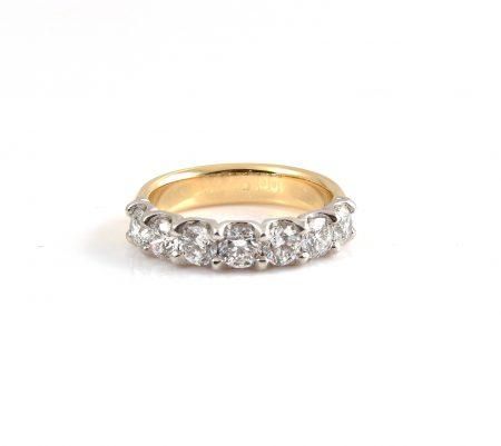Scalloped Diamond Wedding Ring | B22797