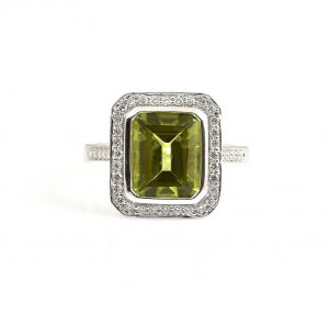 Peridot and diamond dress ring | B22811