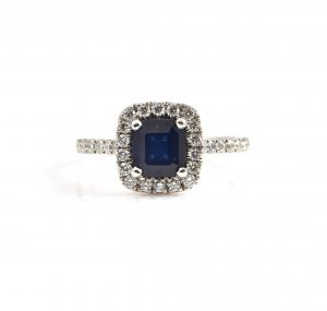Sapphire And Diamond Halo Dress Ring   B22805