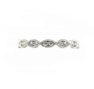 Scalloped Diamond Wedding Band | B22617
