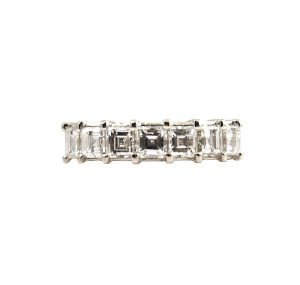 Carre Cut Diamond Ring | B23441